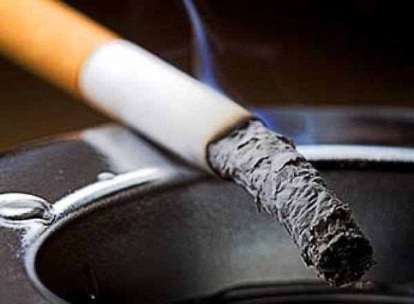 Ученые: курение приводит к изменениям в ДНК