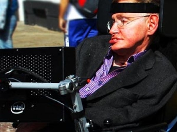 """""""У человечества здесь нет будущего"""": Стивен Хокинг призвал людей бежать с Земли"""
