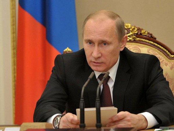 """Путин отказался считать пенсии """"первоочередными"""" расходами"""