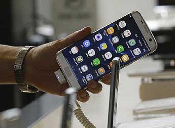 Взрывающиеся смартфоны Samsung Galaxy запретят включать на борту самолета