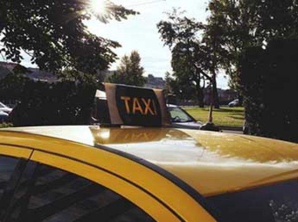 """Московские таксисты объвили бойкот """"Яндекс.Такси"""""""