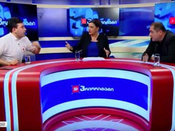 В Грузии кандидаты в депутаты подрались в прямом эфире из-за России (ВИДЕО)