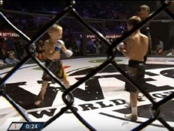 На детских боях без правил (ММА) в Грозном 10-летний сын Кадырова нокаутировал соперника за 14 секунд (ВИДЕО)