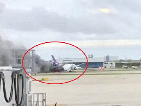 В двух американских штатах загорелись самолёты