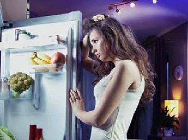 Ученые назвали продукты, которые можно есть перед сном и не толстеть
