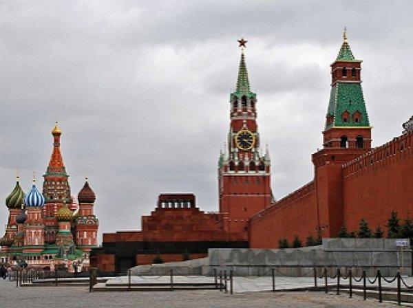 СМИ: В Кремле рекомендовали чиновникам вернуть детей в Россию