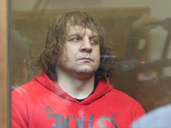 СМИ сообщили, что Александр Емельяненко вышел из колонии по УДО