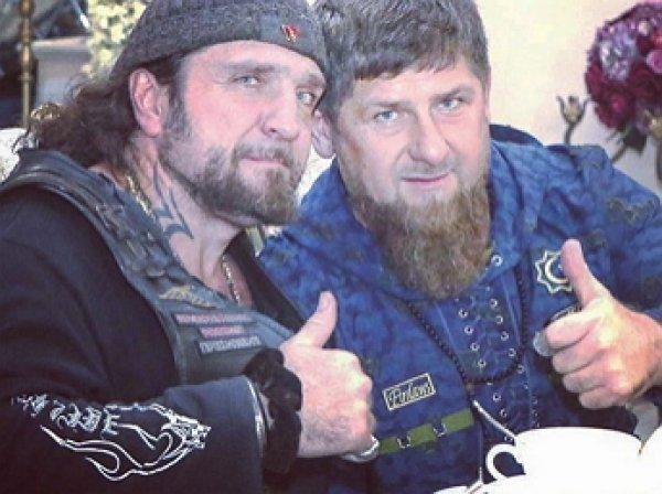 Кадыров встал на сторону байкера Хирурга в споре с Райкиным