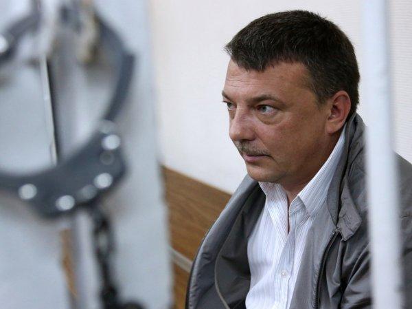 СМИ: ФСБ прослушивала генерала СК РФ с помощью  самовара