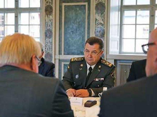 В Сети высмеяли новую украинскую солдатскую форму (ФОТО)