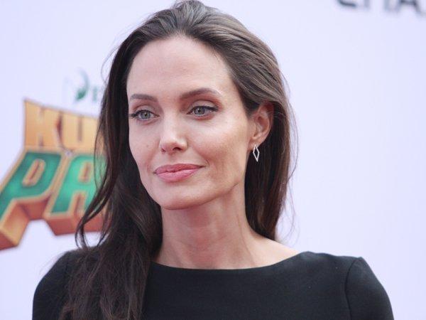 Анджелина Джоли, последние новости: актрису ожидает новая операция (ФОТО)