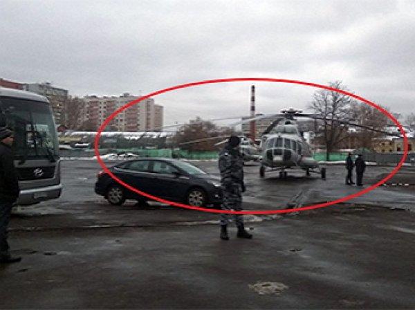 """""""Что он тут забыл?"""": москвичей удивило приземление вертолетов Медведева в центре города (ФОТО)"""
