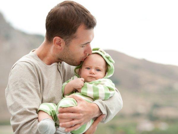 Ученые: через 10 лет мужчины смогут рожать детей