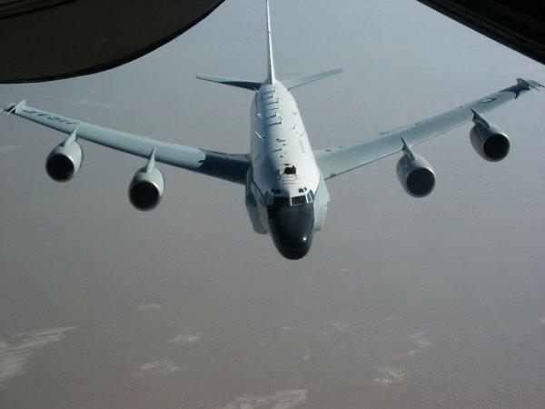У границ Калининградской области пролетел самолет ВВС США