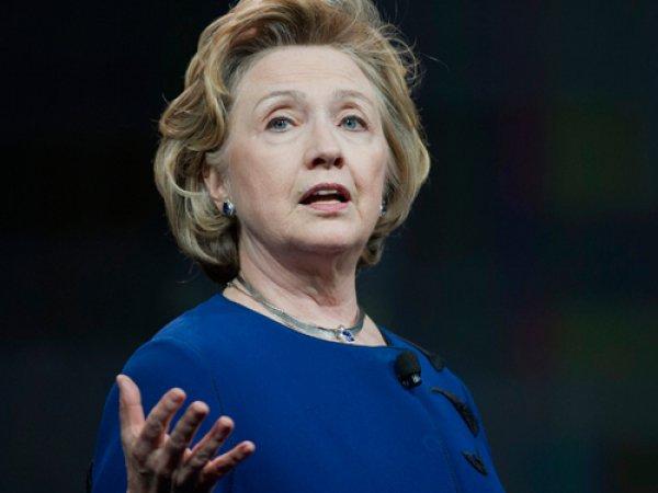 Хиллари Клинтон впервые появилась на публике после поражения на выборах