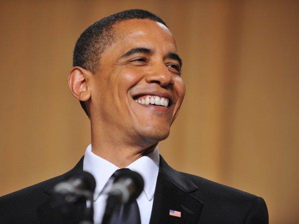 СМИ опубликовали архивное ВИДЕО, на котором Обама публично унизил Трампа