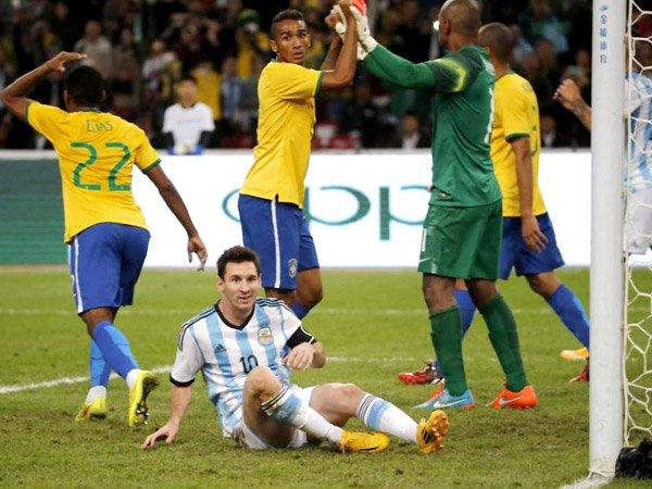 Бразилия – Аргентина: обзор матча от 11.11.2016, видео голов, счет, результат матча (ВИДЕО)