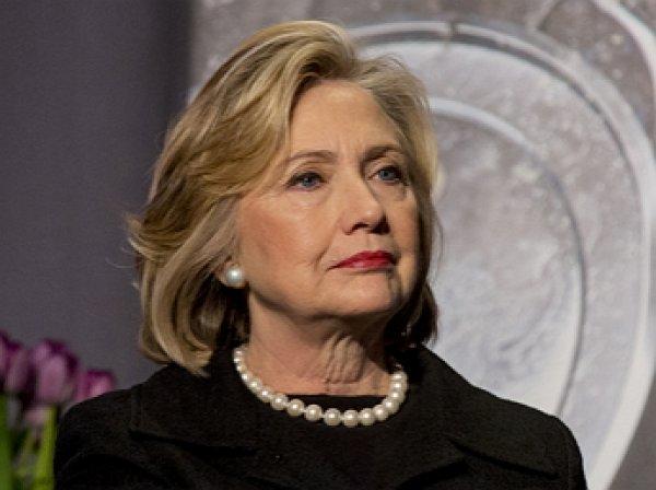 СМИ: Клинтон отменила запланированный на день выборов фейерверк