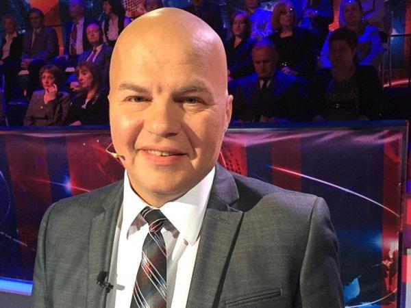 """В гримерке """"Первого канала"""" побили украинского эксперта ток-шоу (ВИДЕО)"""