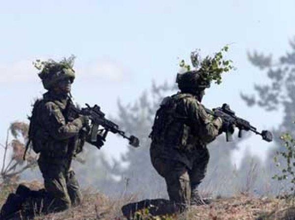 """НАТО приведет в боеготовность сотни тысяч военных из-за """"агрессии России"""""""