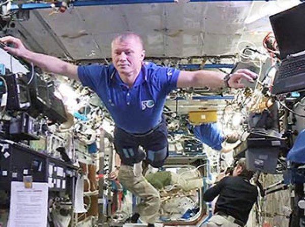 Флешмоб в космосе: астронавты МКС присоединились к Mannequin Challenge (ВИДЕО)