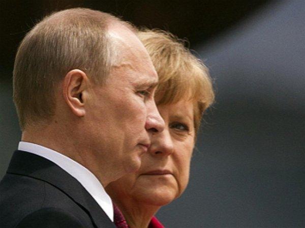 Путин и Меркель обсудили поставки газа в ЕС через Украину