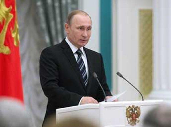 Путин утвердил повышение МРОТ в России
