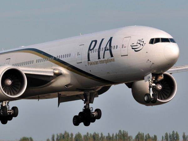 Крушение самолета в Пакистане 7.12.2016: на борту находилось 47 пассажиров (ФОТО, ВИДЕО)