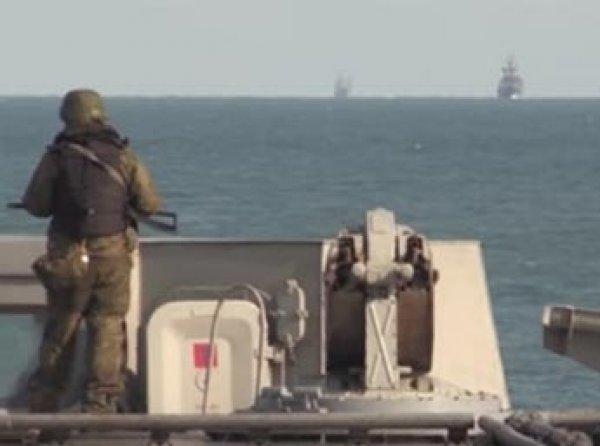 """В Сеть попало ВИДЕО сопровождения """"Адмирала Кузнецова"""" кораблями НАТО"""