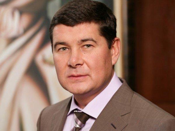 Экс-депутат Рады обвинил Порошенко в финансировании войны деньгами МВФ