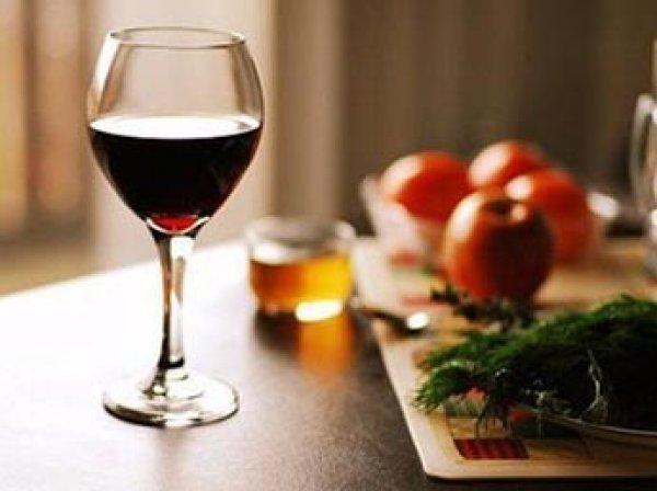 Ученые: строгая диета приводит к алкогольной зависимости