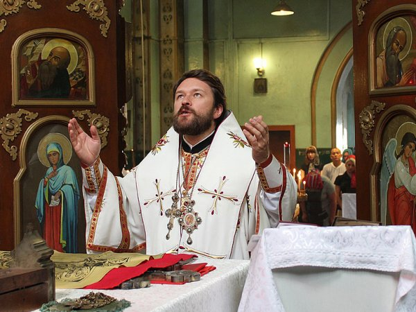 Арбитражный суд разрешил РПЦ отдать половину долга фирме молитвами