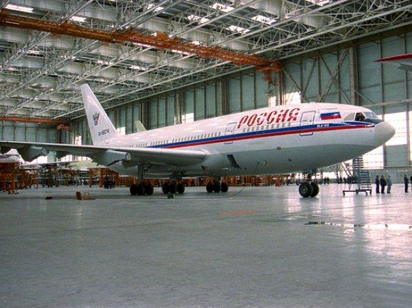 СМИ узнали о том, что самолет Путина получил повреждения