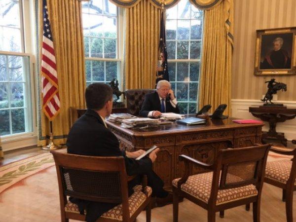Трамп провел телефонный разговор с Путиным (ФОТО)