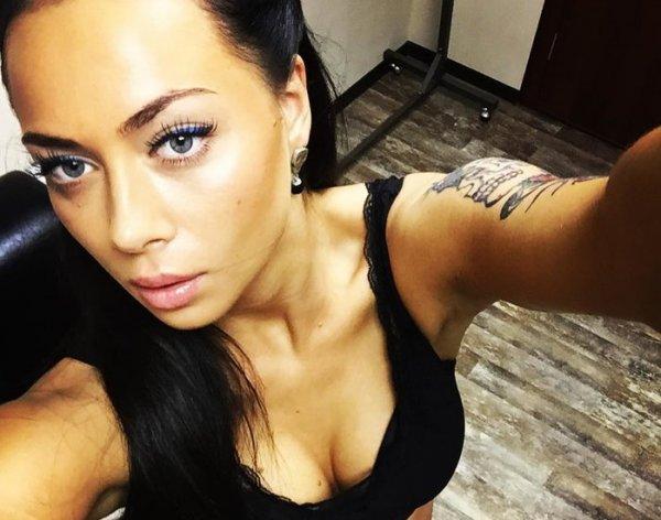 Настасья Самбурская шокировала фанатов ФОТО в Instagram, побрившись налысо