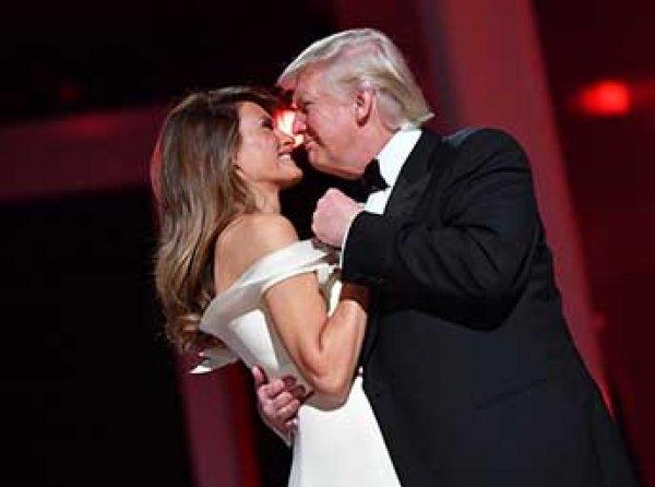 Трамп на балу в честь инаугурации взорвал зал танцем с женой Меланьей (ФОТО, ВИДЕО)
