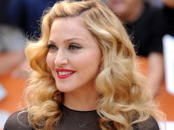 Американский модный журнал перепутал Ксению Собчак с 58-летней Мадонной (ФОТО)