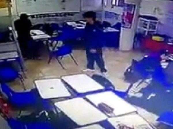 YouTube ВИДЕО шокирующего расстрела на уроке в школе Мексики появилось в Сети
