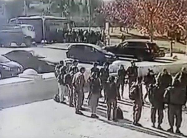 На YouTube опубликовано ВИДЕО тарана грузовиком пешеходов в Иерусалиме