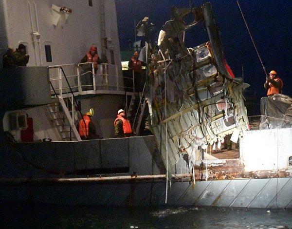 Причины крушения Ту-154 в Сочи: эксперт доказал возможность теракта на борту разбившегося самолета