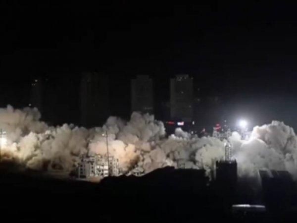 YouTube ВИДЕО взрыва 19 многоэтажек за 10 секунд в Китае впечатлило Сеть