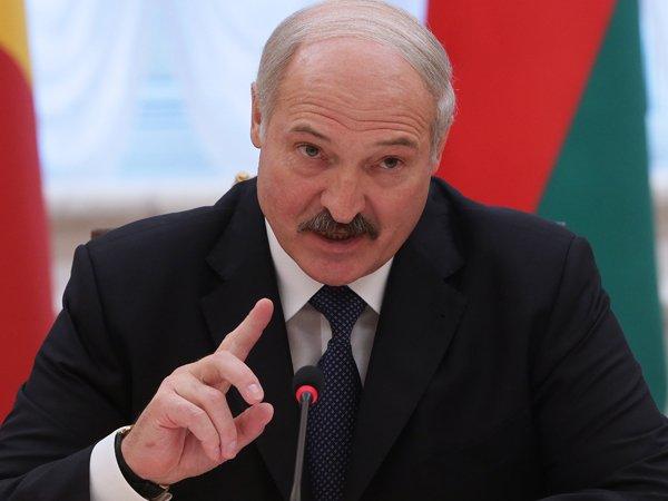 """Лукашенко рассказал о войне за независимость """"братской Украины"""""""