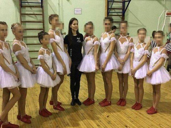 В Петербурге школьницы узнали в порноактрисе свою учительницу (ФОТО)