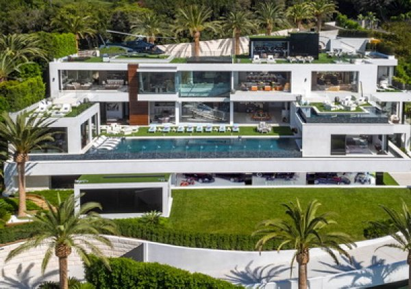 YouTube потрясло ФОТО и ВИДЕО из самого дорогого дома в США за  млн