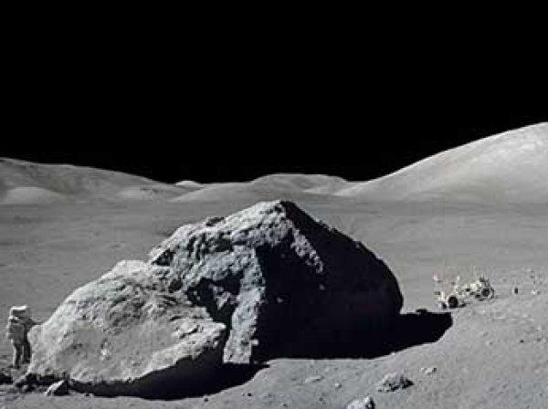 Ученые обнаружили на Луне земной кислород