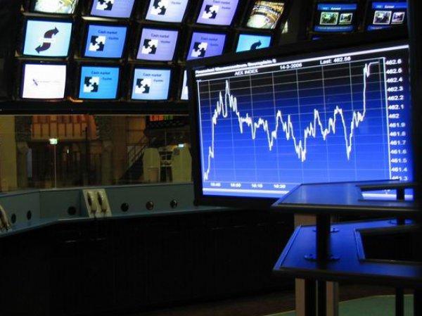 Курс доллара на сегодня, 17 января 2017 на бирже впервые за полтора года опустился ниже 59 рублей