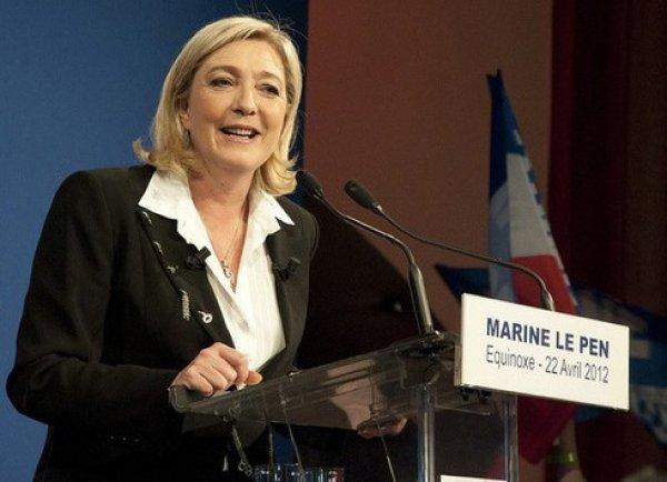 Марин Ле Пен считает законным присоединение Крыма к России