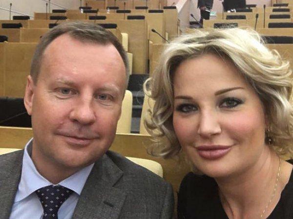 Коллеги заклеймили сбежавших на Украину экс-депутатов Госдумы Вороненкова и Максакову