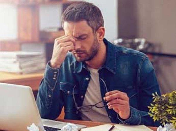 Ученые рассказали, чем опасна для здоровья удаленная работа и фриланс