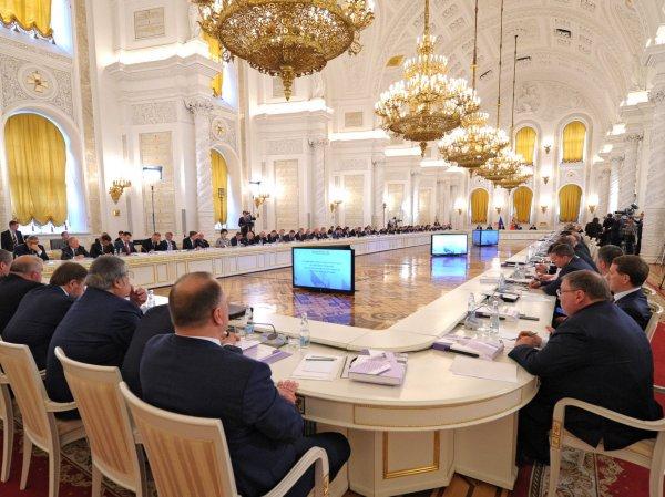 СМИ: пять российских губернаторов скоро уйдут в отставку